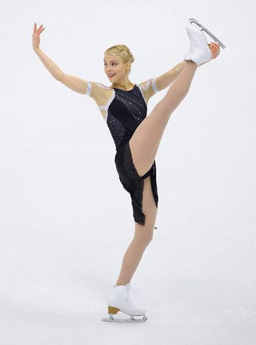 Những tư thế trượt băng nghệ thuật tuyệt đẹp 27