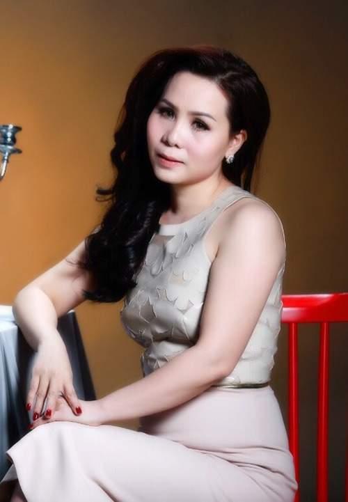 Say đắm vẻ đẹp quyến rũ của Nữ hoàng Doanh nhân Ngô Thị Kim Chi 12