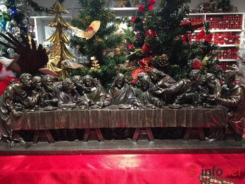 Chục triệu mỗi món đồ trang trí Giáng sinh đẹp hút mắt 1