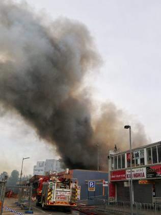 Cháy lớn chợ người Việt ở Úc, thiệt hại gần 300 tỉ 2