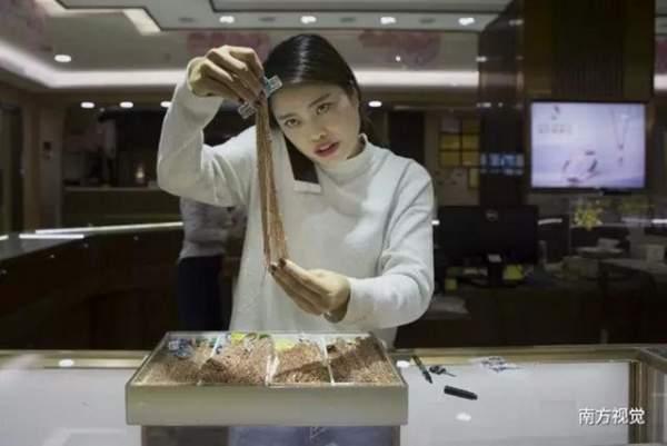 Ngôi làng nhiều vàng bạc châu báu nhất Trung Quốc 6