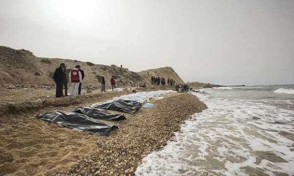 Xác 74 người bí ẩn dạt bờ biển Libya 3