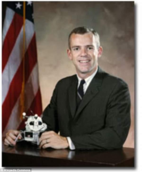 4 phi hành gia NASA quả quyết về người ngoài hành tinh 5