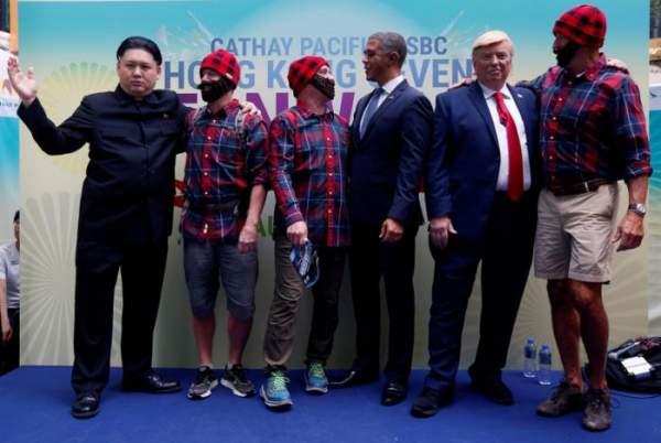 """""""Trump, Obama và Kim Jong-un"""" gây náo loạn Hồng Kông 6"""