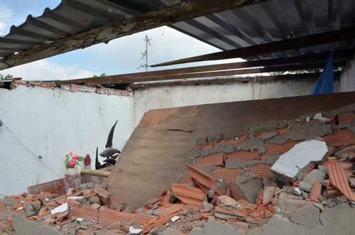 Dãy nhà trọ giữa SG bị 20 giang hồ đập phá tanh bành 3