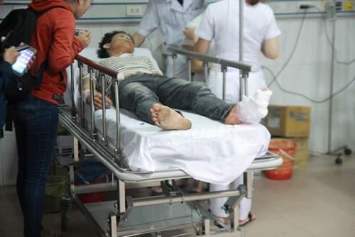 Hình ảnh kinh hoàng vụ lật xe khách, khiến hàng chục người thương vong 8