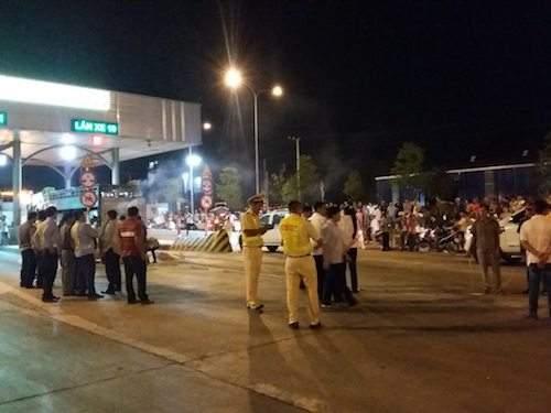 Vụ CSGT bị tông chết ở Đồng Nai: CSGT đu gương chiếu hậu 1