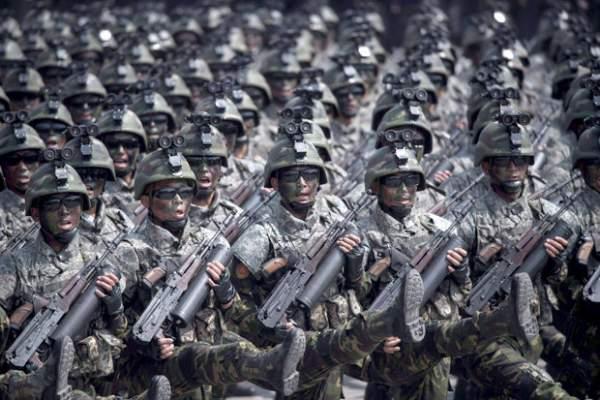 """Vũ khí lạ thường của đội đặc nhiệm """"tia chớp"""" Triều Tiên 2"""