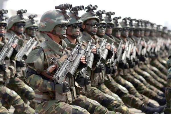 """Vũ khí lạ thường của đội đặc nhiệm """"tia chớp"""" Triều Tiên 1"""