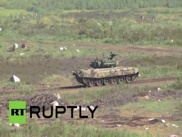 Xem dàn vũ khí tối tân Nga khoe trong lễ duyệt binh 6