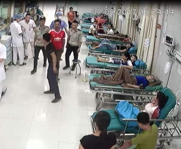 Côn đồ chửi nhân viên y tế, rút súng bắn bảo vệ bệnh viện 2