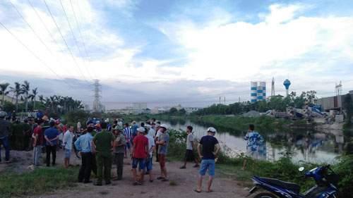 Phát hiện thi thể không mặc quần áo trên kênh ở Sài Gòn 1