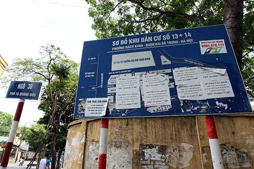 """Những """"nhân viên truyền thông"""" bất đắc dĩ trên phố Hà Nội 8"""