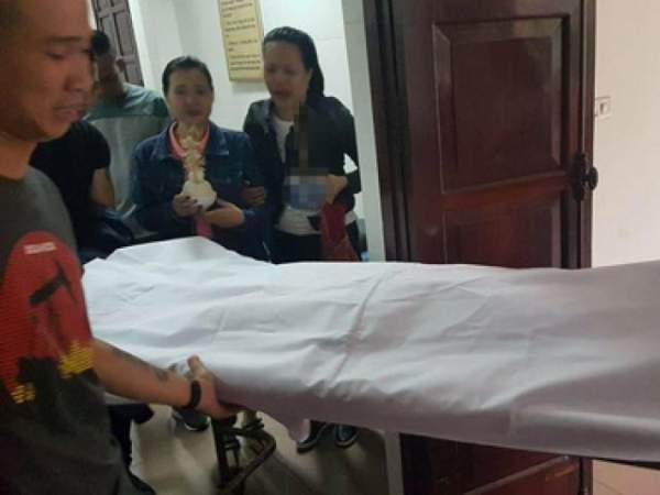 Tranh giành khách, con trai cán bộ y tế liên tục truy sát người 4
