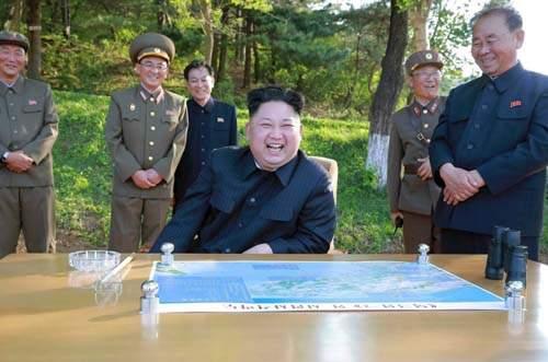 Muốn bắn tới Mỹ, tên lửa hạt nhân Triều Tiên phải nhờ TQ? 2