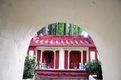 Cận cảnh những cổ mộ của danh tướng, bá hộ Sài Gòn xưa 15