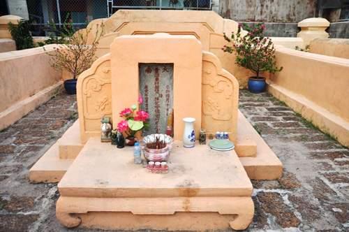 Cận cảnh những cổ mộ của danh tướng, bá hộ Sài Gòn xưa 11