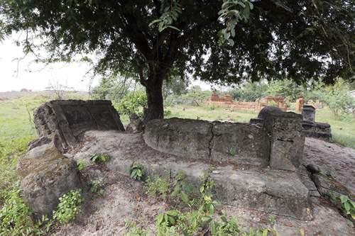 Cận cảnh những cổ mộ của danh tướng, bá hộ Sài Gòn xưa 4