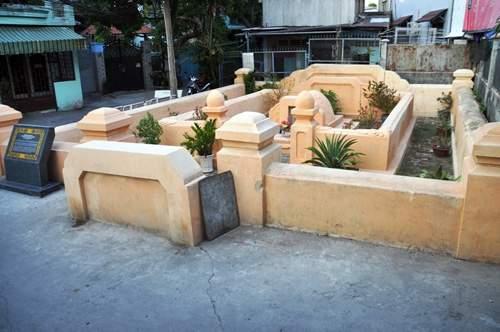 Cận cảnh những cổ mộ của danh tướng, bá hộ Sài Gòn xưa 10