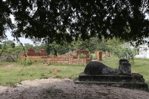 Cận cảnh những cổ mộ của danh tướng, bá hộ Sài Gòn xưa 5