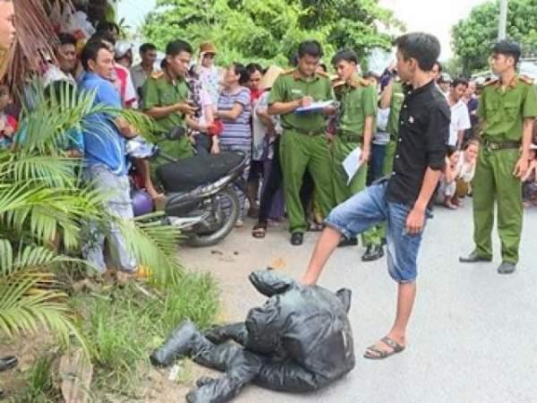 Một phụ nữ bị đập đầu tử vong trước cổng nhà 1