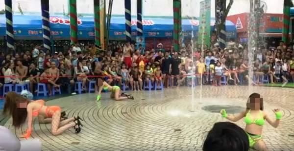 """""""Nhức mắt"""" xem nhóm cô gái mặc bikini nhảy uốn éo ở Sài Gòn 1"""
