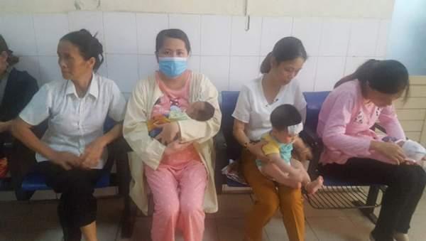 Trẻ 26 tháng tuổi liệt mặt vì dùng điều hòa sai cách 1