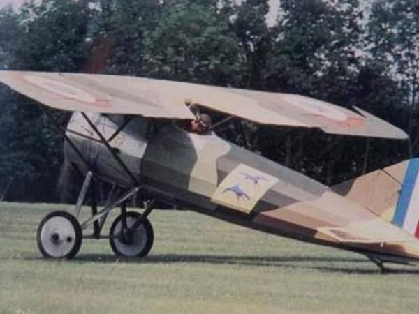 Những chiếc máy bay đầu tiên ở Việt Nam 2