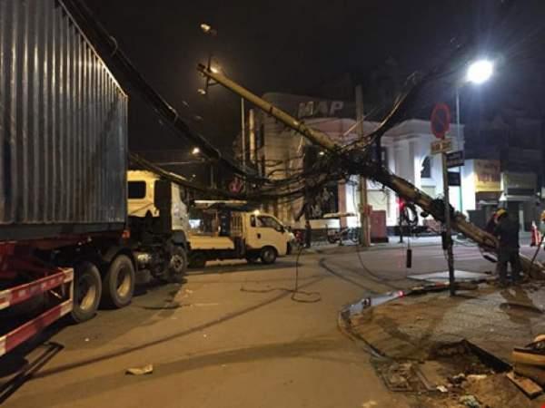 2 công nhân tử vong vì dầm bê tông gần 200 tấn rơi tự do 2