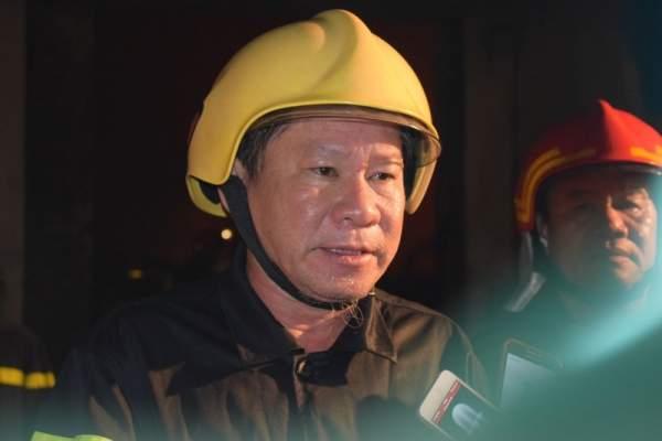 """Chữa cháy trong cảng Sài Gòn: """"Mai em thi Hóa, Lý"""" 1"""