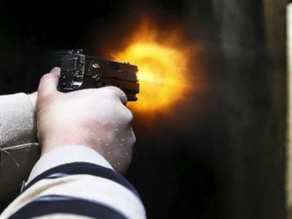 Nổ súng, một người đàn ông chết tại chỗ 3