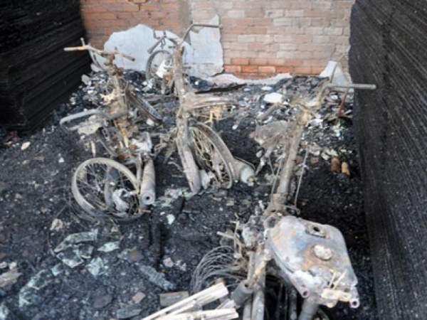 Nhìn lại những vụ cháy thương tâm vì nhà không có lối thoát 6