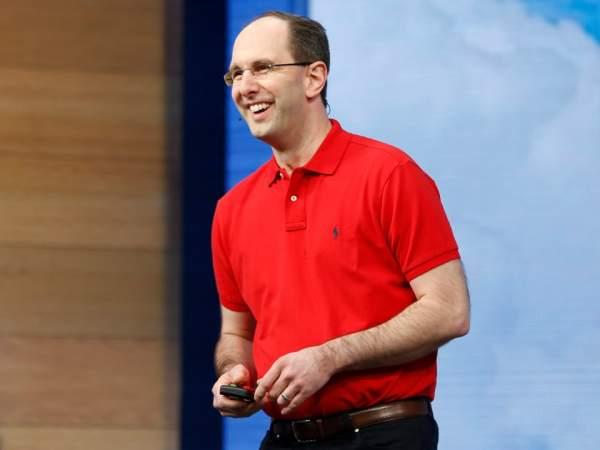 """Những """"chiến binh"""" đã giúp Satya Nadella tạo bước ngoặt lớn cho Microsoft 2"""