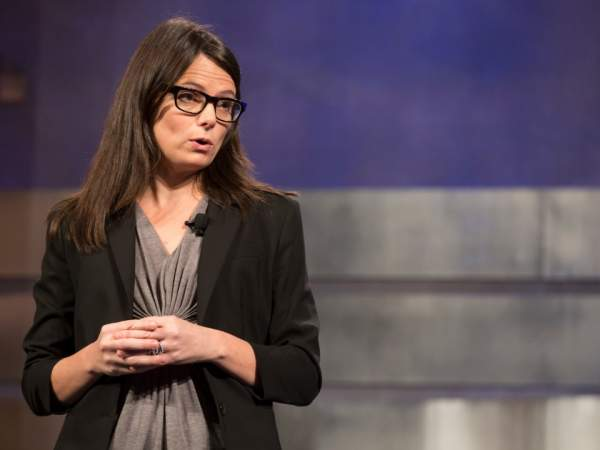 """Những """"chiến binh"""" đã giúp Satya Nadella tạo bước ngoặt lớn cho Microsoft 6"""