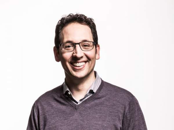 """Những """"chiến binh"""" đã giúp Satya Nadella tạo bước ngoặt lớn cho Microsoft 12"""