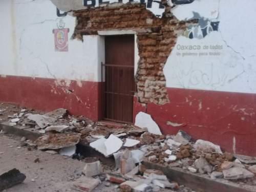 Động đất 7,2 độ rung chuyển thủ đô Mexico 1