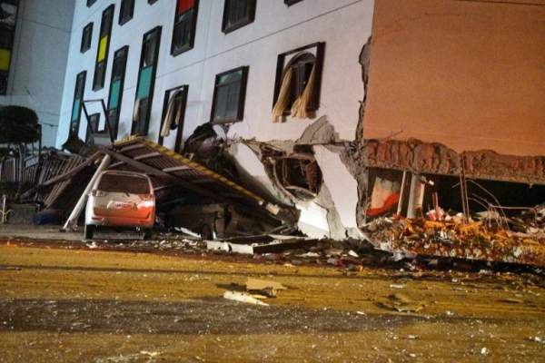 2 người chết, 200 bị thương sau vụ động đất rung chuyển Đài Loan 6