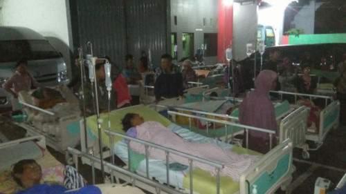 Động đất 6,5 độ rung chuyển Indonesia 2