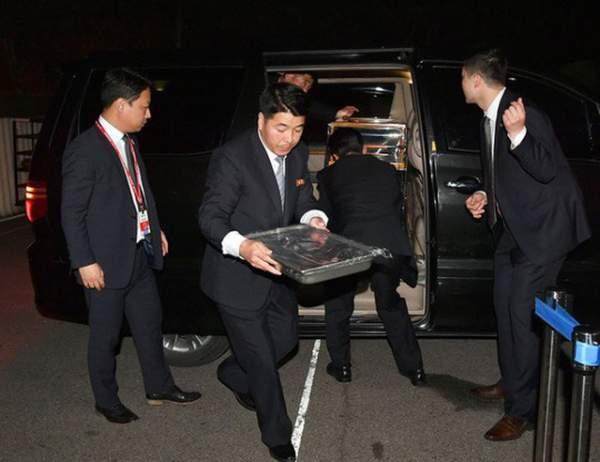 Khi ông Kim Jong-un trổ tài... quyến rũ 5