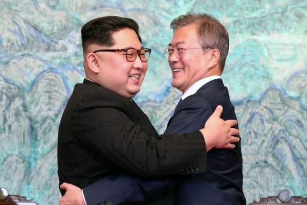 """Ông Kim Jong-un """"ghi điểm"""" với người Hàn Quốc 1"""