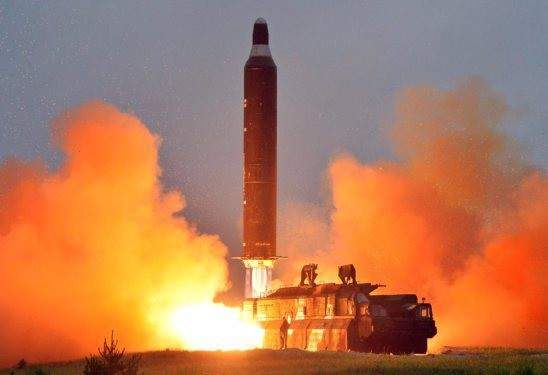 Báo Nhật Bản: Triều Tiên đồng ý phá hủy tên lửa liên lục địa 1
