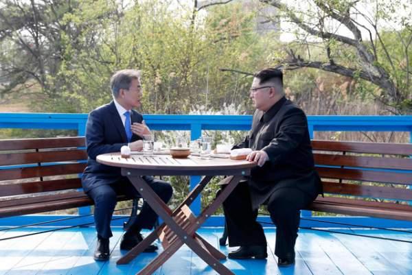 Ông Kim Jong-un có thể đã kể chuyện gia đình với Tổng thống Hàn Quốc 1