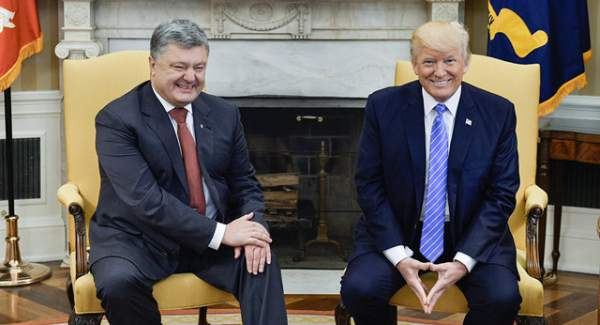 """Luật sư ông Trump bị """"tố"""" nhận tiền để dàn xếp cuộc gặp cho Tổng thống Ukraine 1"""