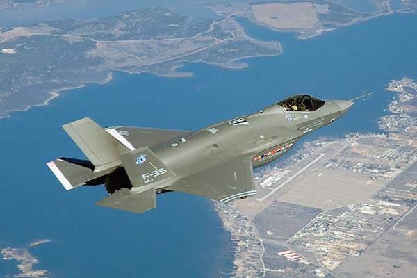 """Mỹ trang bị bom hạt nhân """"kẻ hủy diệt"""" cho máy bay chiến đấu F-35 1"""