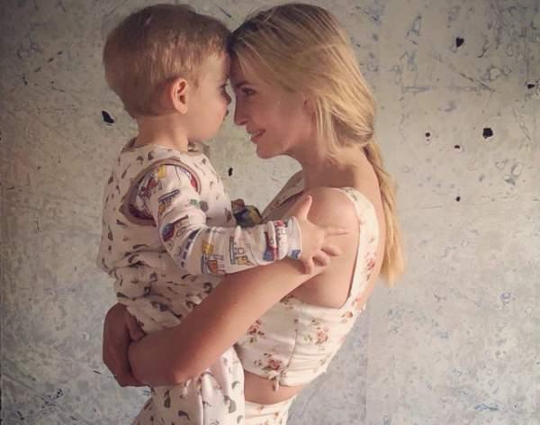 Ảnh mẹ con Ivanka Trump hứng chỉ trích vì chính sách nhập cư của Mỹ 1