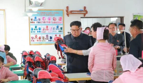 """""""Giải mã"""" cơn giận hiếm thấy của ông Kim Jong-un trong các chuyến thị sát 3"""