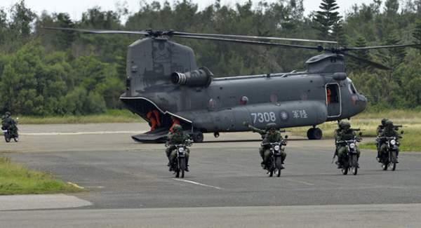 """Trung Quốc """"nóng mặt"""" vì Mỹ tính tăng cường hợp tác quân sự với Đài Loan 1"""