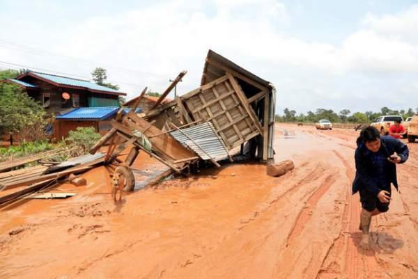 Nước rút bùn ngập, người Lào chật vật trở về nhà sau sự cố vỡ đập 3