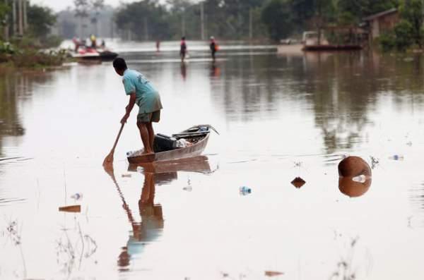 Nước rút bùn ngập, người Lào chật vật trở về nhà sau sự cố vỡ đập 2