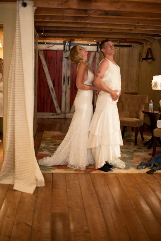 """Chú rể bàng hoàng khi cô dâu """"bị đánh tráo"""" trong lễ cưới 3"""